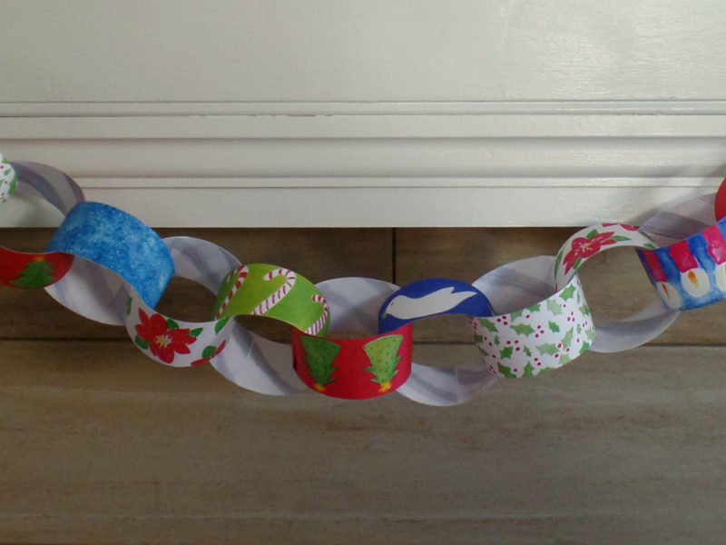 instant download paper chain on fireplace mantle